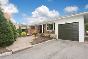 NICE! JUST MOVE INTO THIS BEAUT LOCATED IN HISTORIC BOWMANVILLE!