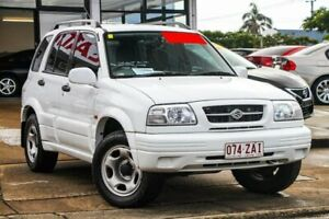 1998 Suzuki Grand Vitara SQ625 Type1 (No Badge) White Manual Wynnum Brisbane South East Preview