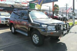 2009 Toyota Landcruiser VDJ200R 09 Upgrade GXL (4x4) Grey 6 Speed Automatic Wagon
