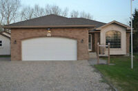 Custom built bungalow in Lorette - Private Sale