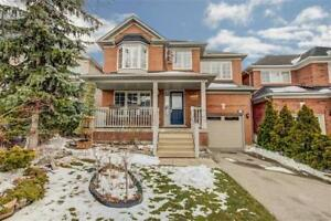 Lovely 3 Bedroom Detached Home In The Heart Of Mississauga