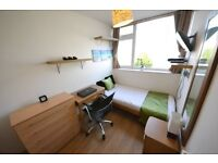 Stylish City Room in Hackney Zone 2. TV LCD WOW in Room All MODERN NEW Wifi Cleaner All Bills