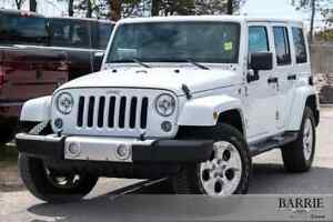 2014 Jeep Wrangler Unlimited ***4 DOOR SAHARA***RARE WHITE WITH