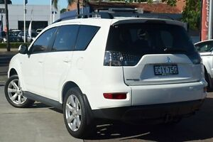 2012 Mitsubishi Outlander ZH MY12 LS White 5 Speed Manual Wagon Waitara Hornsby Area Preview