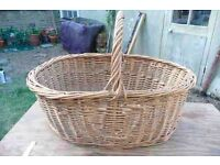 LARGE VINTAGE BASKET: IDEAL FOR LOGS, PICNICS or SHOP DISPLAY. ORIGINALLY A BAKER'S DELIVERY BASKET