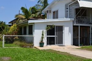 GrannY FLAT FOR RENT - HEATLEY - $200 includes power Heatley Townsville City Preview
