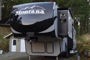 2016 Montana High Country 310RE $55,500 obo