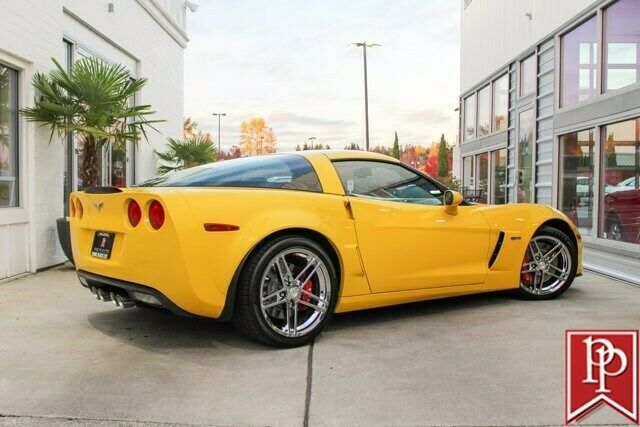 2006 Yellow Chevrolet Corvette Z06  | C6 Corvette Photo 3