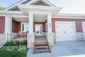 Gorgeous New Bung. Condo in Niverville OPEN HOUSE WEDNESDAY