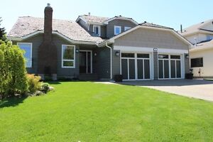 2954 Sq Ft, 2 Storey w/5 Beds, 3.5 Bath in Village on the Lake