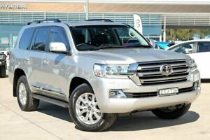2016 Toyota Landcruiser VDJ200R Sahara Silver 6 Speed Sports Automatic Wagon Castle Hill The Hills District Preview