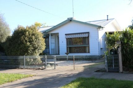 HOUSE FOR RENT 3 Bedrooms - LEWIS ST HORSHAM VICTORIA
