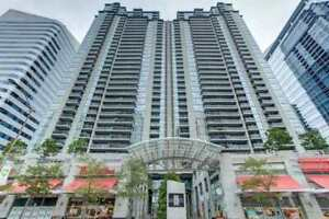 Condo unit on Yonge Street for sell