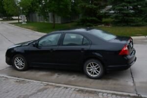2012 Ford FUSION sedan - Fantastic has Safety ONLY 80,500 Kms