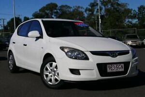 2011 Hyundai i30 FD MY11 SX White 5 Speed Manual Hatchback Hillcrest Logan Area Preview