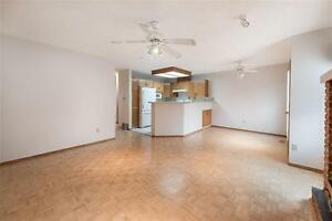Townhome Style Condo in Gated Community! Edmonton Edmonton Area image 6