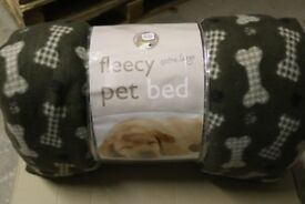 Fleecy Pet Bed