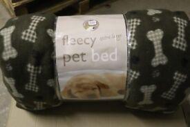 Fleecy Pet Bed