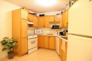 Price REDUCED!!! Spacious 1400 sqft. Townhouse for rent!!!