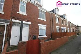 2 bedroom flat in Stuart Terrace, Felling, Gateshead, NE10