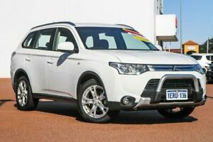 2015 Mitsubishi Outlander ZJ MY14.5 ES 2WD White 6 Speed Constant Variable Wagon Rockingham Rockingham Area Preview