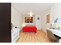 Very stylish four bedroom end of terrace house to rent in Deptford