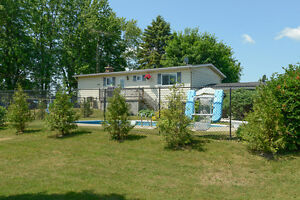 Spacious upgraded bungalow West Island Greater Montréal image 2