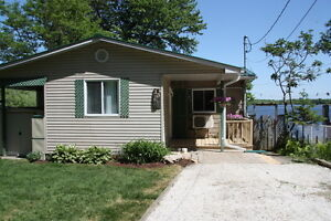 WaterFront Cottage for rent now booking Gatineau Ottawa / Gatineau Area image 2