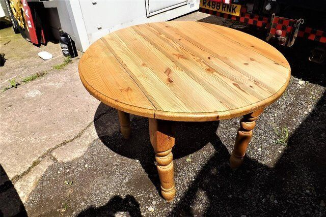 Pine dining drop leaf table