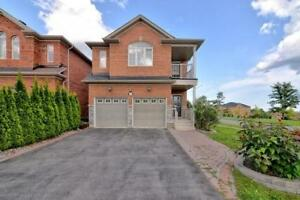4+2 Br Beautiful Executive Home - Over $$$$ Spent On Upgrades!!