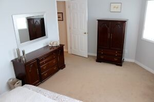 BEAUTIFUL FURNISHED GARDEN LEVEL SUITE AVAILABLE DEC 1 to 31st! Comox / Courtenay / Cumberland Comox Valley Area image 8