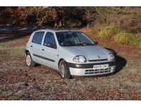 Renault Clio. Great condition. Very low mileage. Brilliant deal !!!