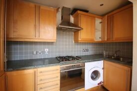 Great location TWO bedroom flat in BROADHURST GARDENS, WEST HAMPSTEAD NW6 £450PW