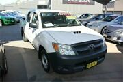2006 Toyota Hilux KUN16R SR White 5 Speed Manual Dual Cab Pick-up Mitchell Gungahlin Area Preview