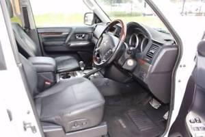 2012 Mitsubishi Pajero Exceed Wagon