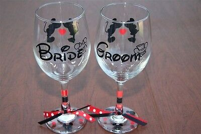 Disney Bride and Groom, Wine Glass set (Bride And Groom Wine Glasses)