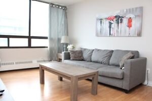 Furnished (1 Bed) Trendy Downtown with Underground Parking