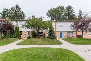 Bright Clean 3BR Townhome Nestled Into Quiet Location Complex