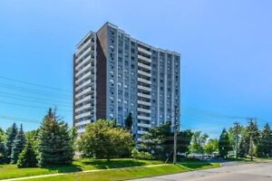 Rarely Available Large 3 Bedroom, 2 Wash, Over 1400 Sqft. South