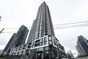 Spacious 2 Bed+2 Bath With Spectacular View Of City & Lake