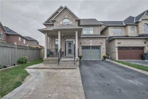 Absolutely Stunning House In Excellent Hwy 50/Clarkway Area
