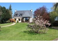 BRITTANY - spacious 3/4 bed family house set in beautiful secluded garden for sale €240 000