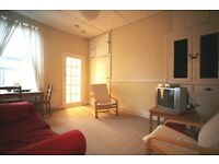 3 bedroom flat in Tavistock Road, Jesmond, Newcastle Upon Tyne, NE2