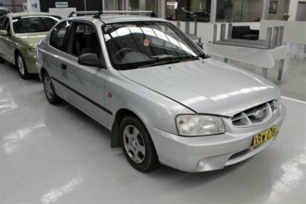2001 Hyundai Accent LC GL Silver 5 Speed Manual Hatchback Maryville Newcastle Area Preview