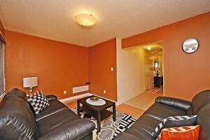 Luxurious 3 Bedroom Town House In East Credit X5157984 MR05