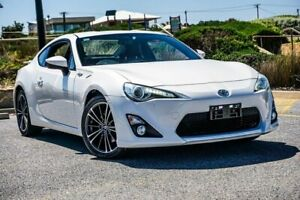 2013 Toyota 86 ZN6 GTS White 6 Speed Manual Coupe Christies Beach Morphett Vale Area Preview