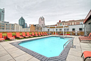 Downtown Condo 4 1/2 for Rent Available now!