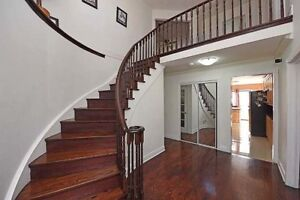 Well Maintained 5 Bedrm Detached Home In Brampton X5140595 FE22