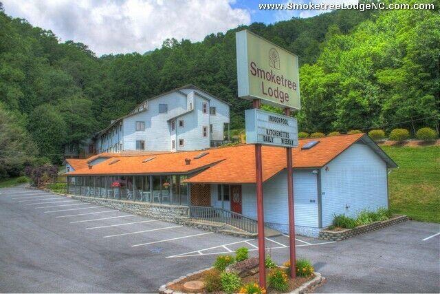 Smoketree Lodge, Fixed Week 19, Annual Usage, Ontop The Blueridge Mountains  - $1.00