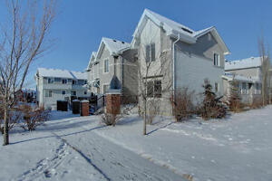 Large Townhouse with Double Garage in Sherwood Park